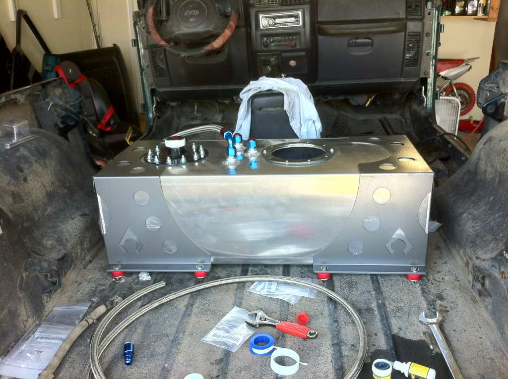 RCI Fuel Cell Install in a Jeep - Pirate4x4 Com : 4x4 and