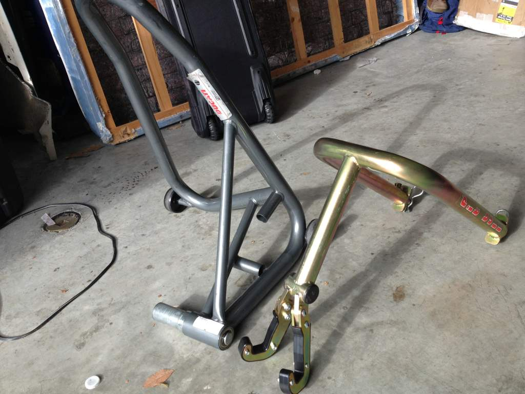 ducati rear/front stand
