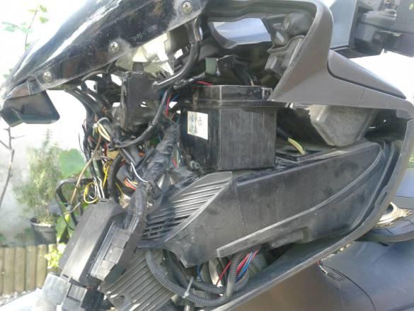 burgman 400 batteria
