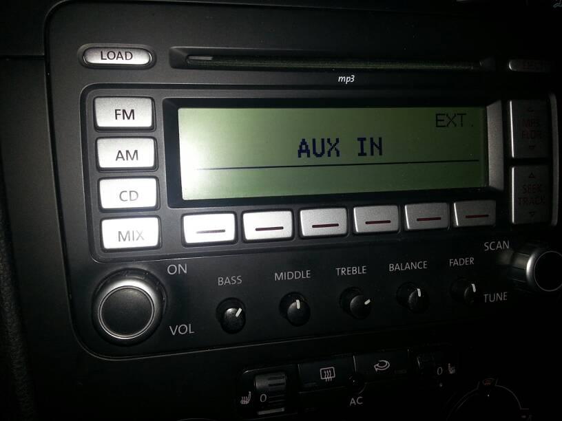 VWVortex com - Premium 7 has aux input but no wire?