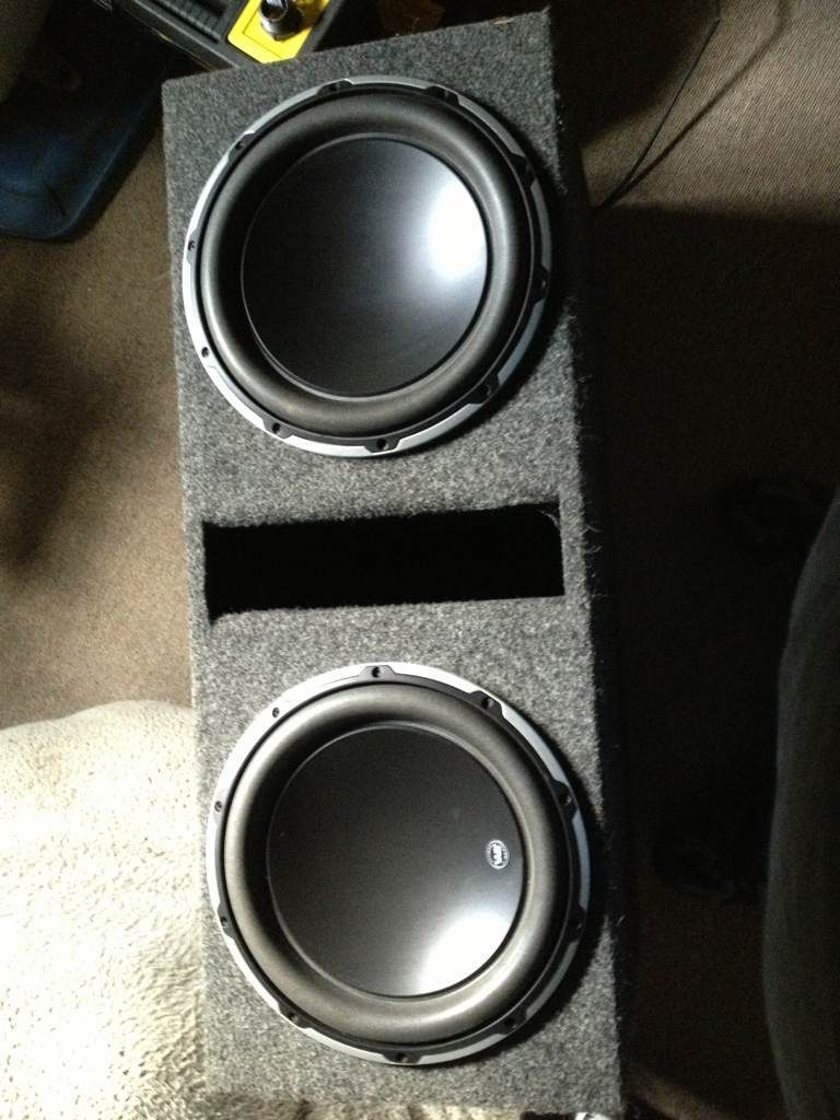 Vwvortex 2 jl audio 12w6v2 box and amp fsft 2 jl w6v2 with box and a 1000 by 1 memphis class d amp 700 obo willing to trade for 5x112 18s located near pittsburgh pa sciox Gallery