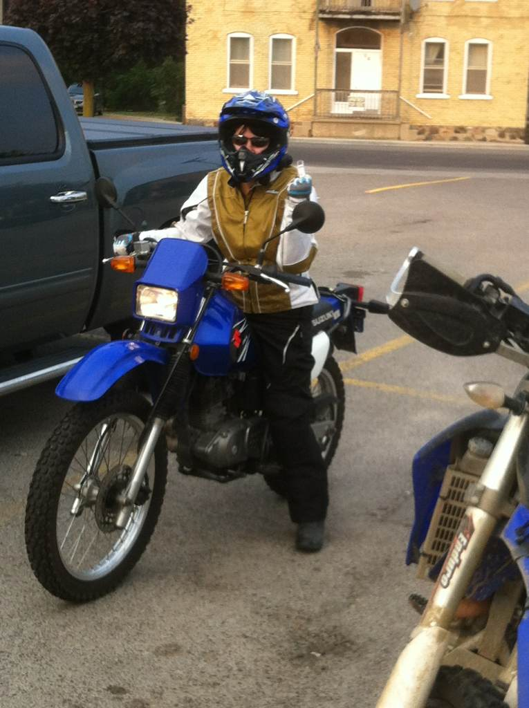 New bike for new rider, comparing dr200 to xt225 | Adventure Rider