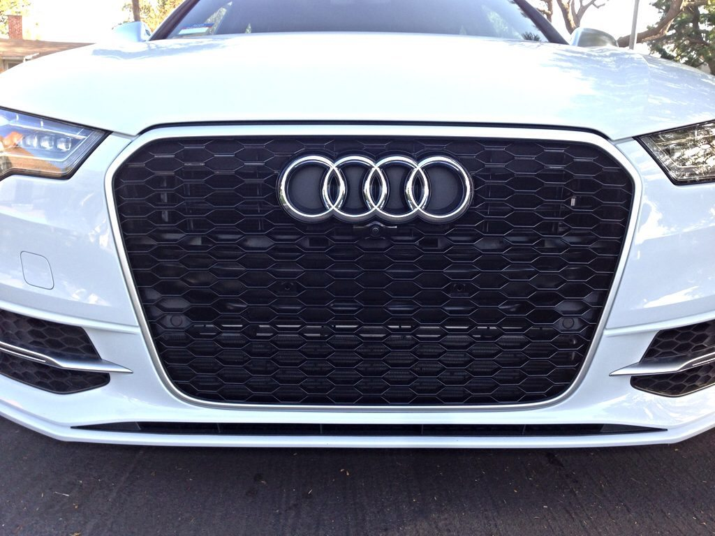 C7 RS6 OEM Grille On C7 S6 ***