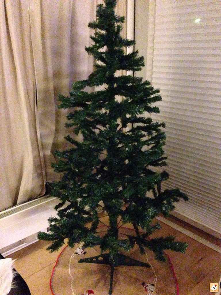 lille plastik juletræ