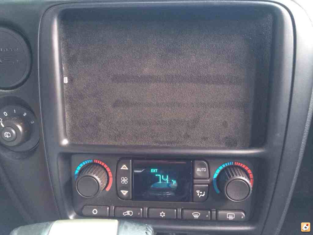 My New Project Chevy Trailblazer Ss Forum Ipad Mini Dash 2003 Silverado Still Need To Touch Up A Couple Spot But You Get The Point