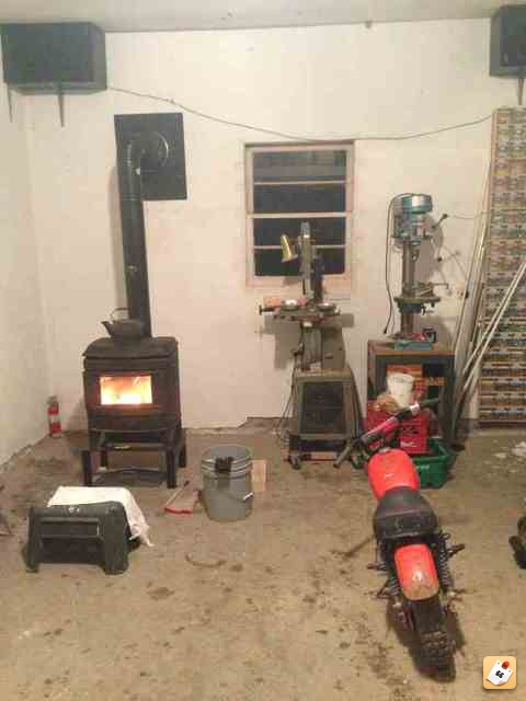 Talk me out of installing a woodstove [Archive] - The Garage Journal Board - Talk Me Out Of Installing A Woodstove [Archive] - The Garage