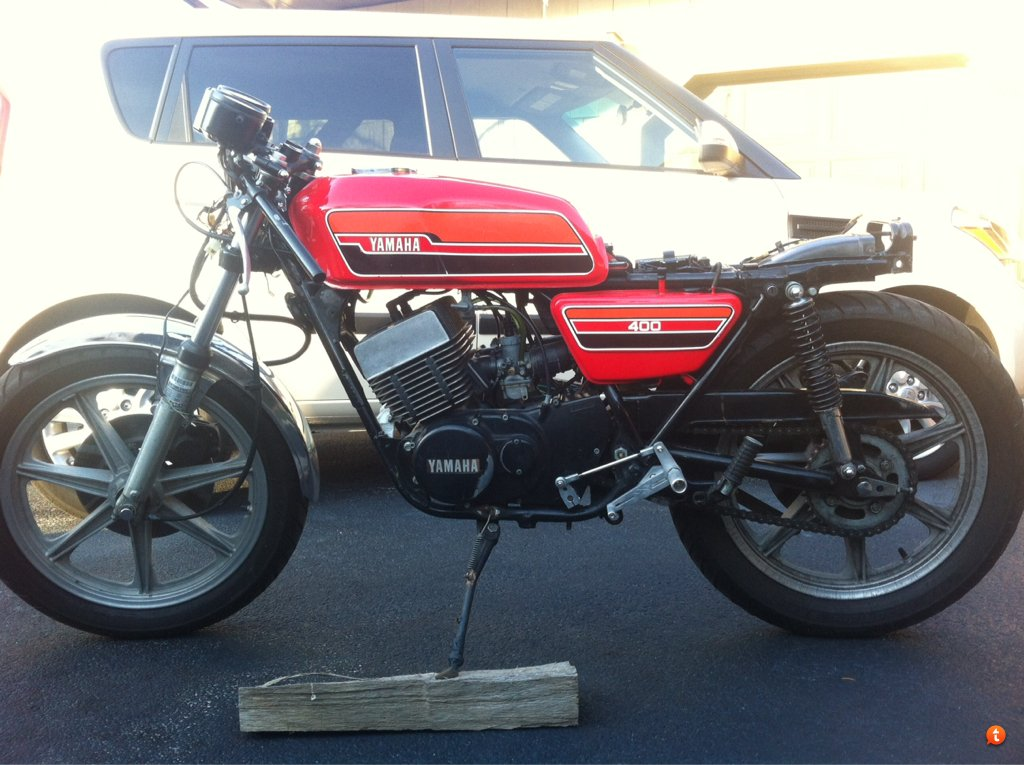 the stache's '76 rd400