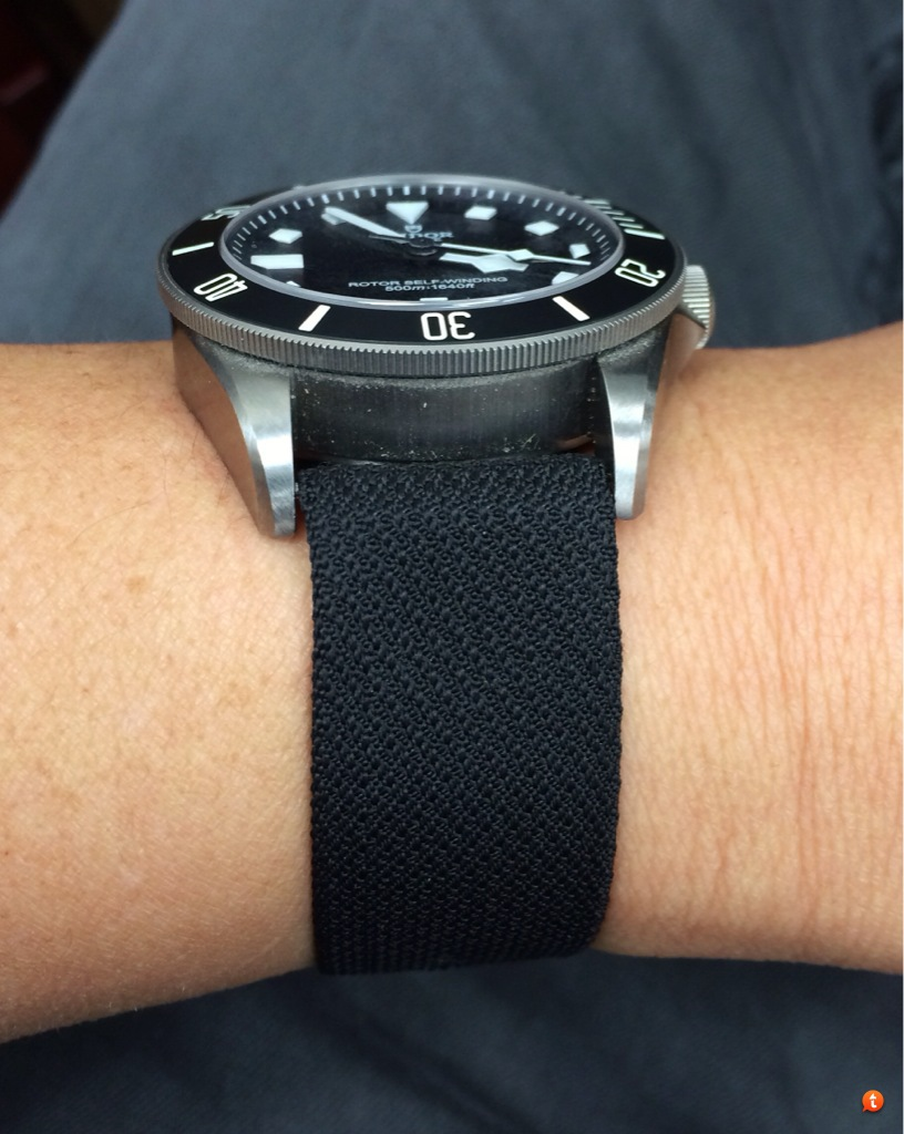 e60d39674a1 It does fit but I don t love it. It s comfortable but it doesn t seem  substantial enough for the Pelagos.