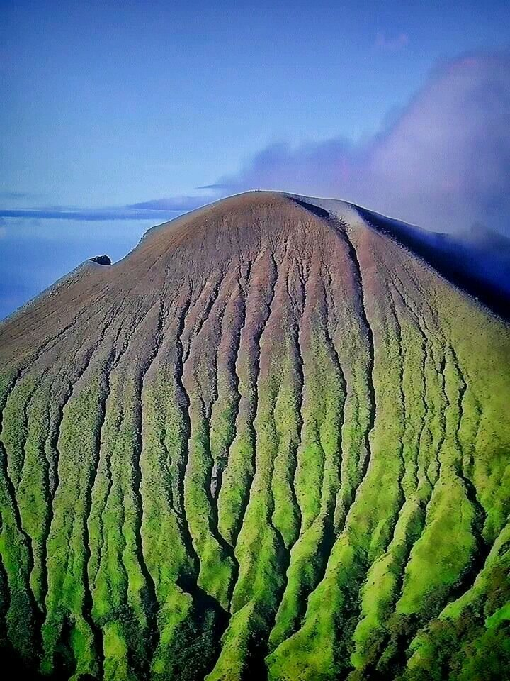 by4e7e8a - Canlaon Volcano Up Close - Philippine Photo Gallery