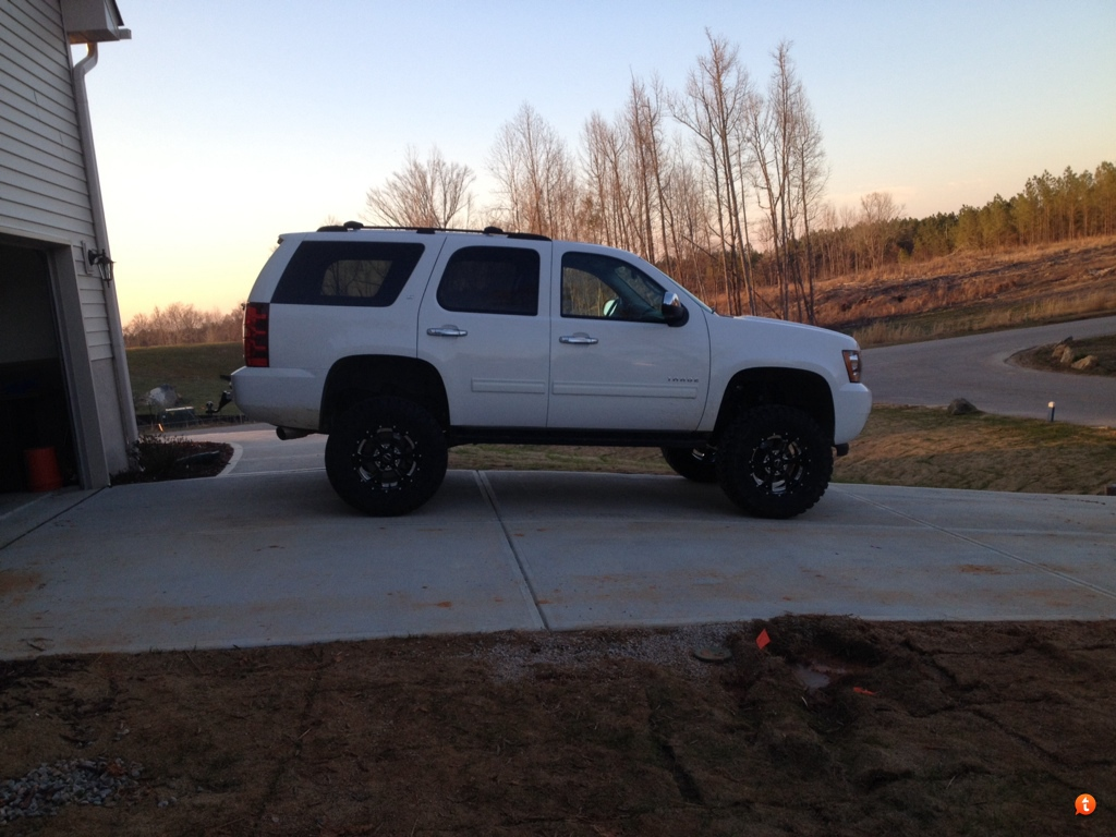 Lifted him up up up - Tahoe Forum - Chevy Tahoe Forum