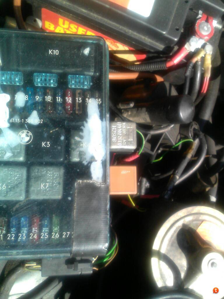No Start Main Relay Harness 1990 Bmw 735i Fuse Box A Known Good One Bridged The With Incorrect Black And Car Started Was Idling When I Pulled Wire