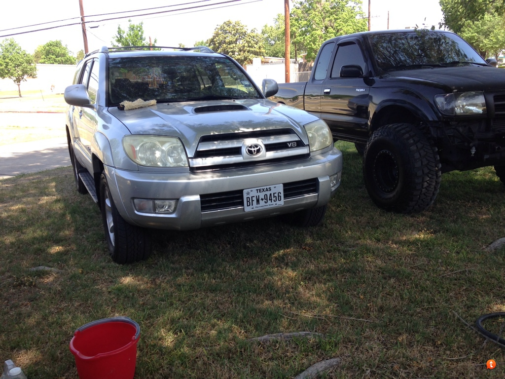 Located in san antonio i m also a tacoma owner maybe we can get a meet soon