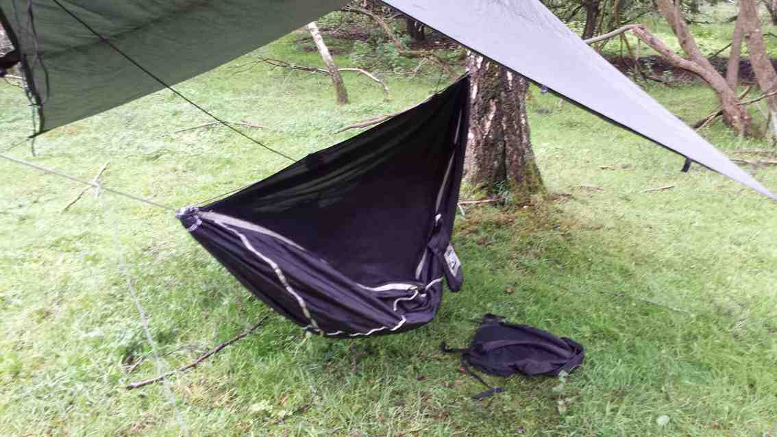 hanging the hammock is no more  plicated than any other gathered end hammock  the midge   also  es with a neat tuck away suspension system but i found     hammock bliss sky bed bug free review  rh   hammockforums