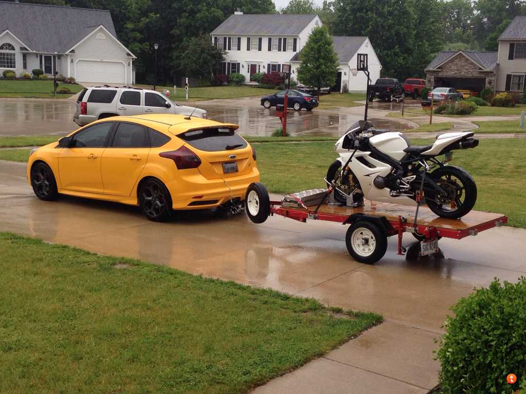 Focus St Towing >> Focus St Receiver Hitch The Fun Shouldn T End When The Road Does