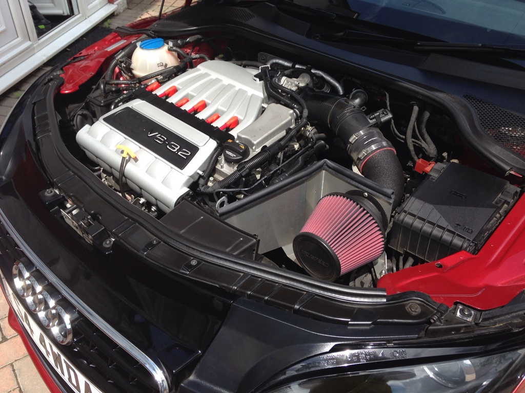 The Audi Tt Forum View Topic Help With Engine Bay Cover