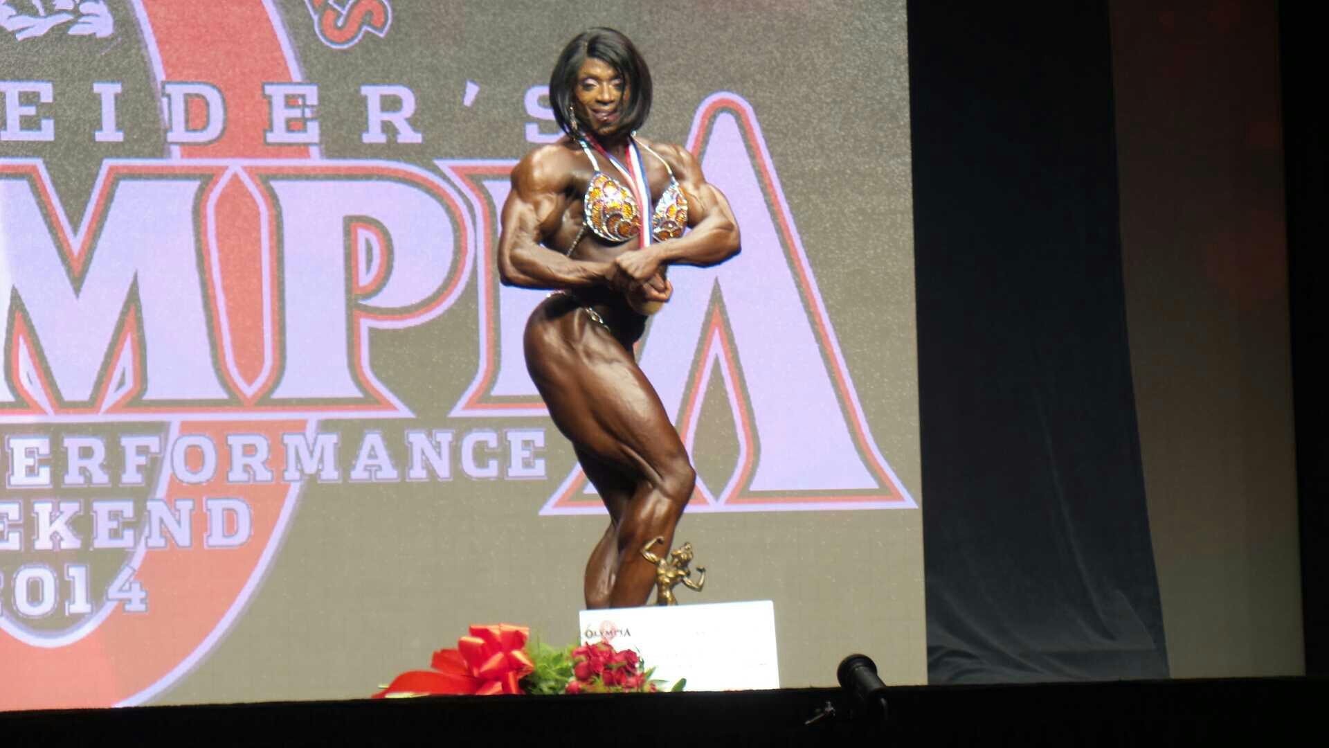 Mr. Olympia 2014 Webcast Enaba9ej