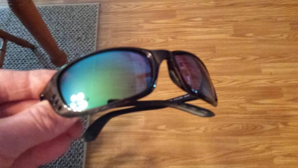 Brand New Never Worn Costa Del Mar brine sunglasses $100