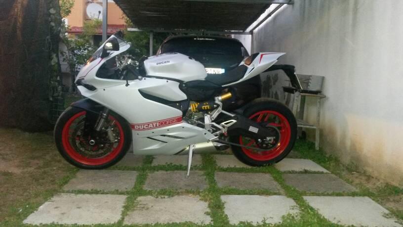 a5fb61090302363004318fe64a96c7cc - Tutorial montaggio carene Ducati performance con Kit pista.