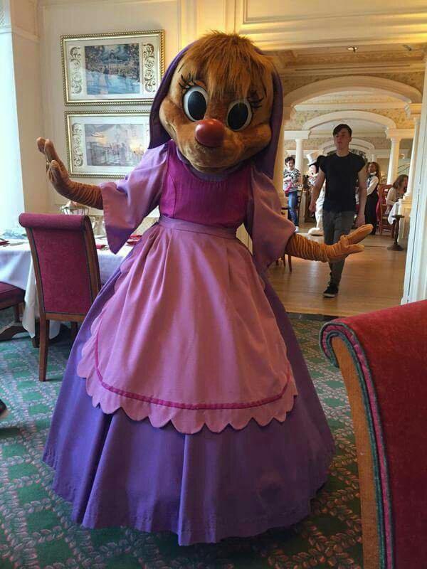 Brunch domenicale al Disneyland Hotel - Pagina 6 6f0041a685b4bf8f41077c24419ec279