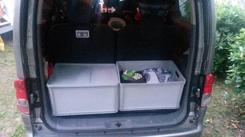 Platz Im Kofferraum Beim 7 Sitzer Maxi 2u Wonderful Vw Caddy Fahrgastraume Auto Kofferraumwanne J Fahrgastraum