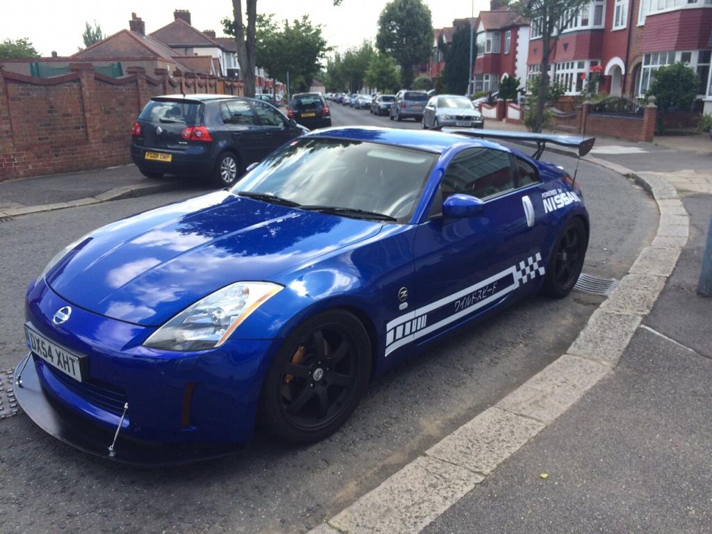 Azure blue 2004 UK GT modified track/ street car - Zeds For Sale ...