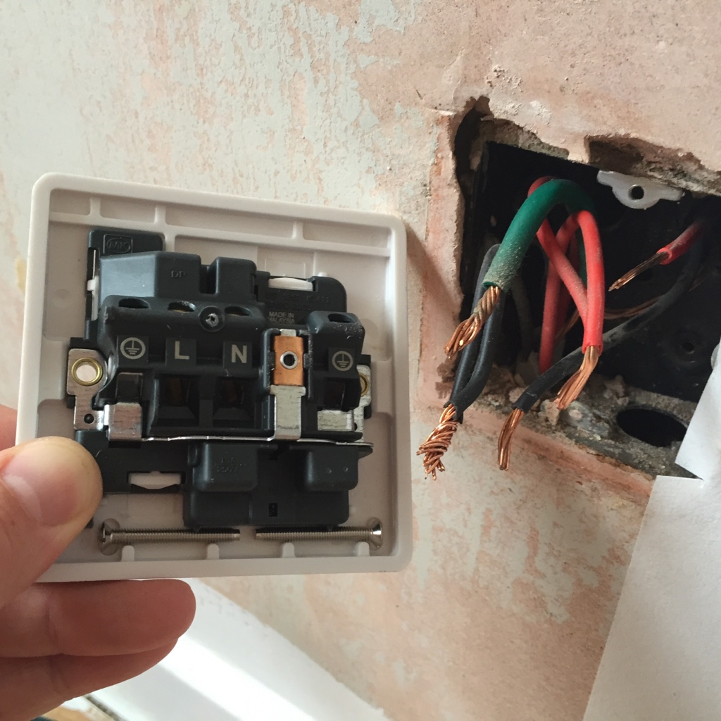 View Topic New Plug Socket Multiple Wiring A Spur Live And Neutral Wires