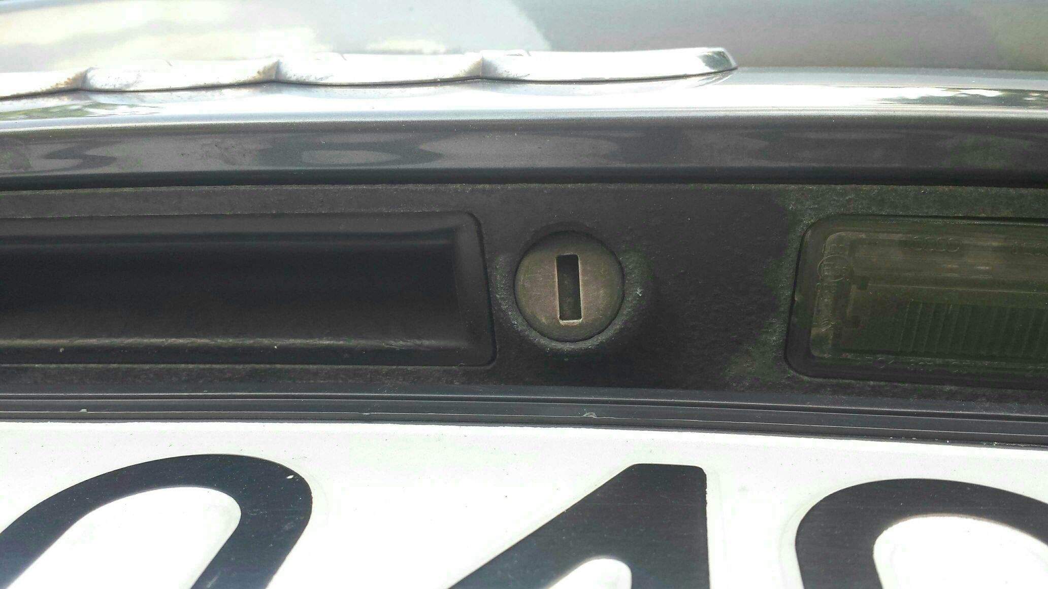 Jak Dostać Się Do Wnętrza Auta A4 B6b7 Audi A4 Klub Polska
