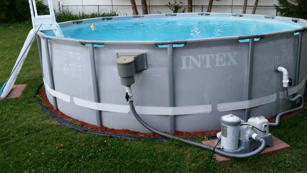 Intex pool bottom clean