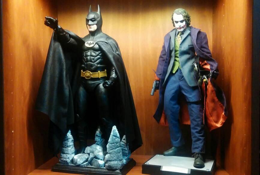 NECA 40040 Scale Batman Returns Danny DeVito Penguin Figure Page 3400 Stunning Neca 1 4 Display Stand