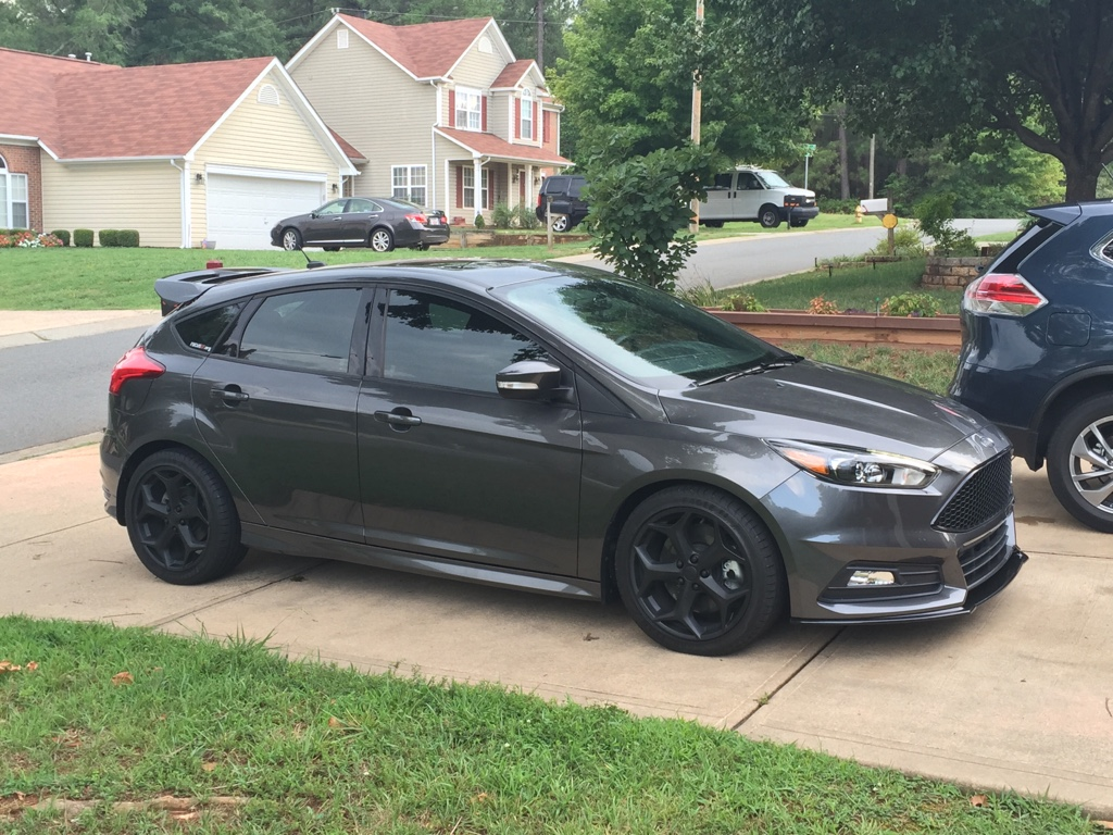 this image has been resized click this bar to view the full image the original image is sized 801x601 - 2015 Ford Focus St Magnetic Metallic