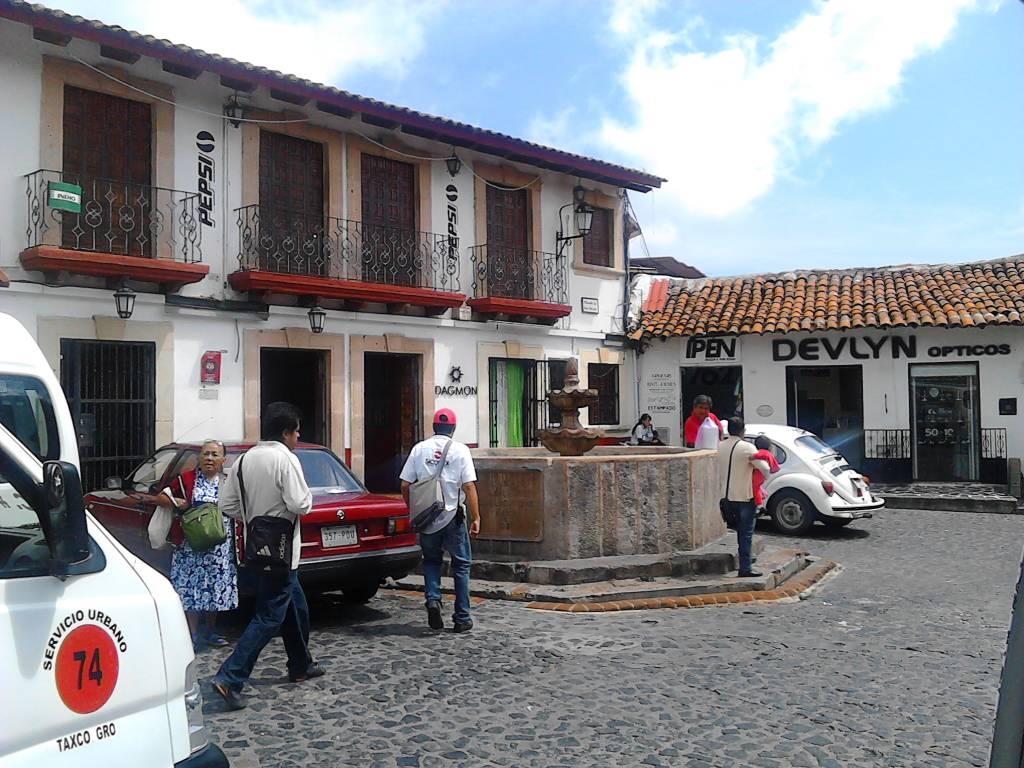 Taxco De Alarc N La Colonial Ciudad De La Plata Page 29  # Muebles En Taxco Guerrero