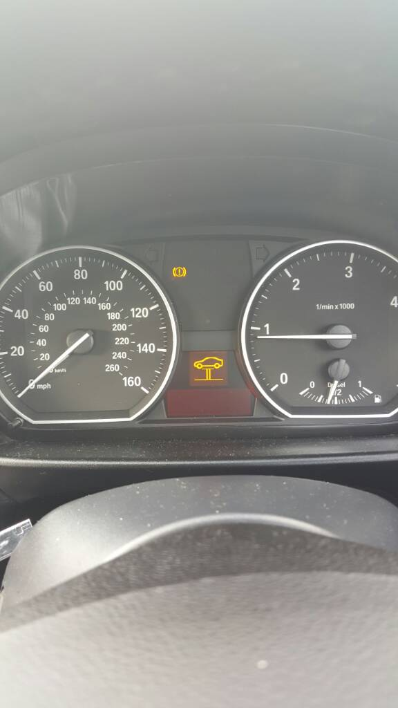Yellow car on ramp warning light - babybmw net