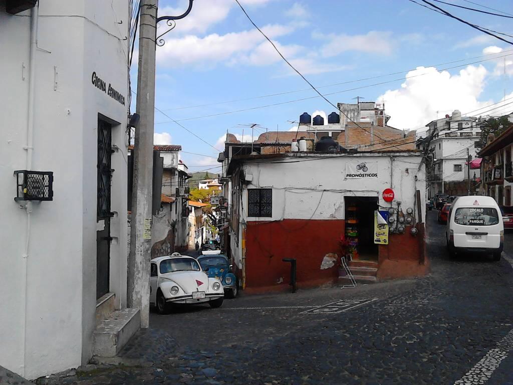 Taxco De Alarc N La Colonial Ciudad De La Plata Page 30