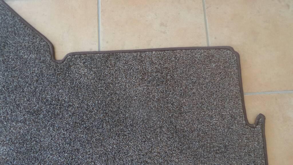 Teppich ketteln  Teppich unter dem Tisch [Archiv] - promobil Forum
