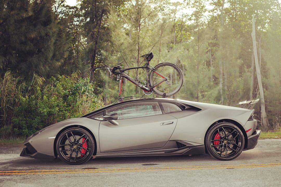 Grigio Titans Lamborghini Huracan W 1016 Industries Kit X Bike Rack