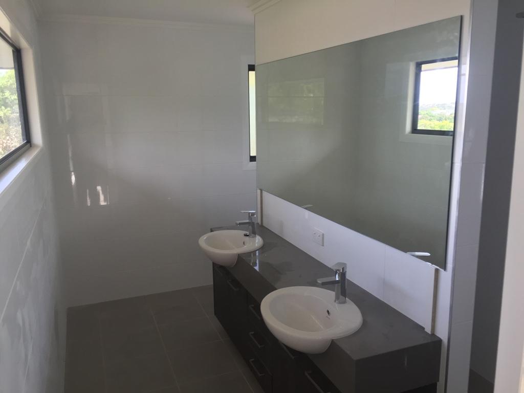 Grey Bathroom Colour Schemes