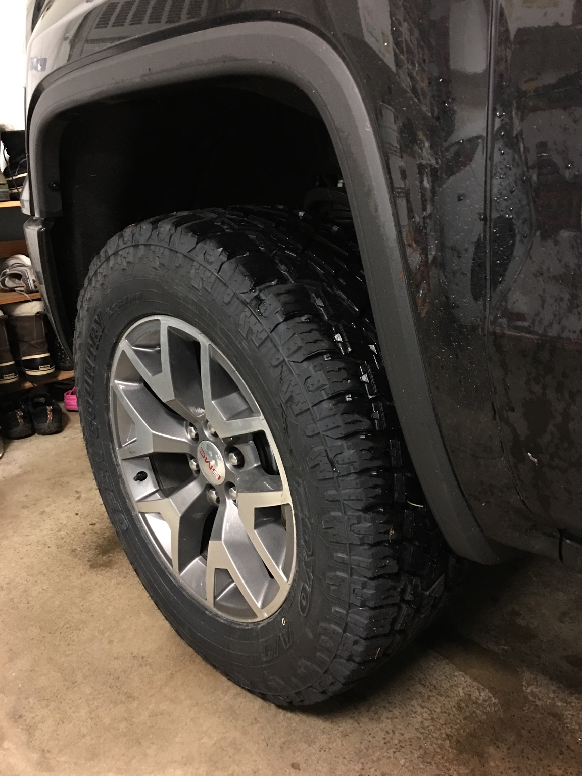 New tires, 295/60/20 Toyo AT2 Extreme - 2014 / 2015 / 2016 ...