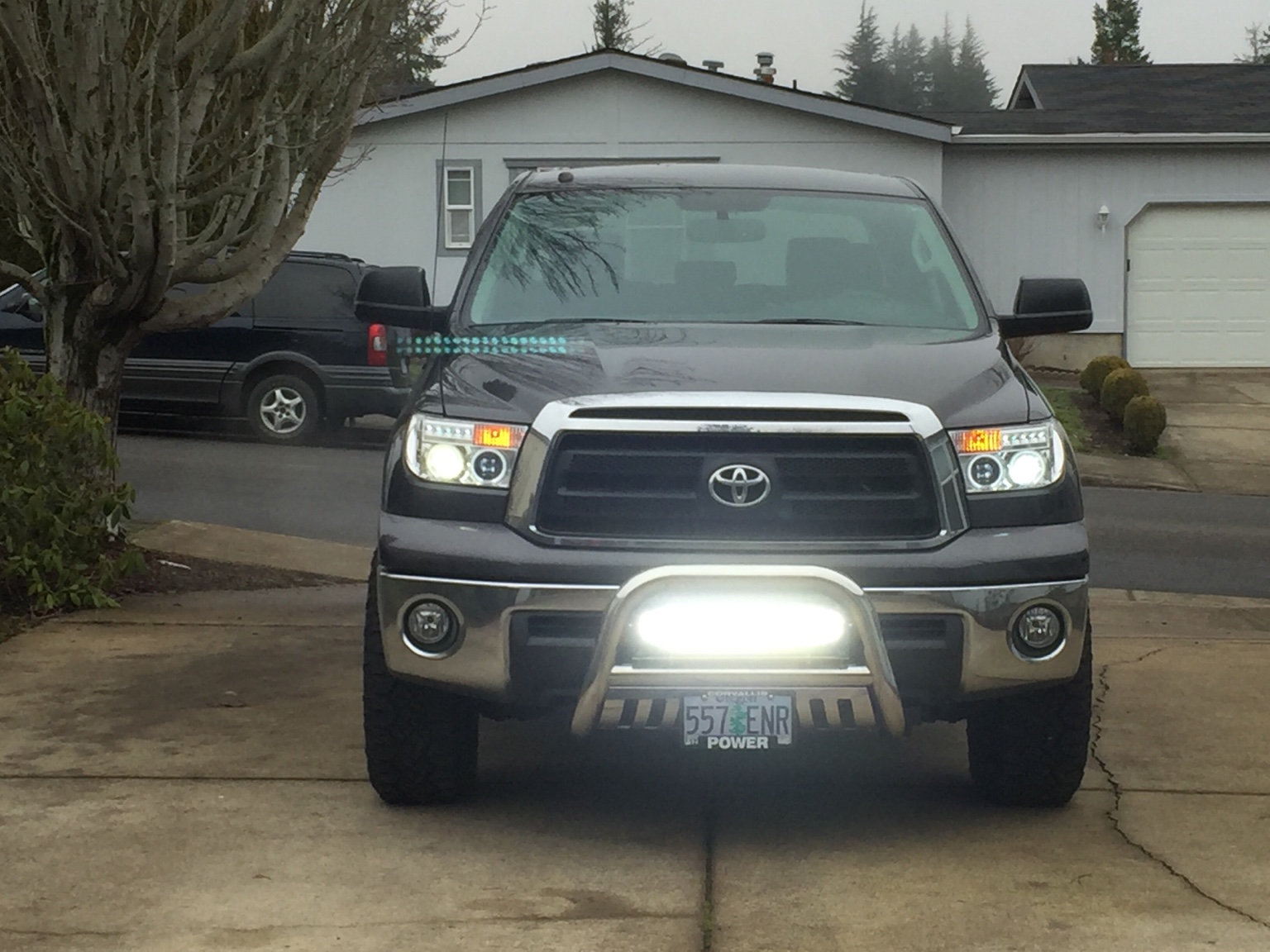 Bull bar with 22 opt 7 led light bar i just installed a bull bar skid plate combo on my 2012 tundra i also install a 22 led light bar by opt 7 10000 lumens of light me up fun aloadofball Choice Image