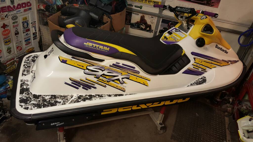 Looking for 2 Seadoo xp or spx 800