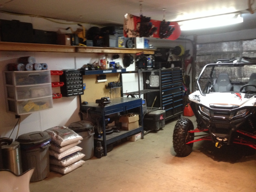 The Man Cave Store Canada : Let s see your man cave garage shop