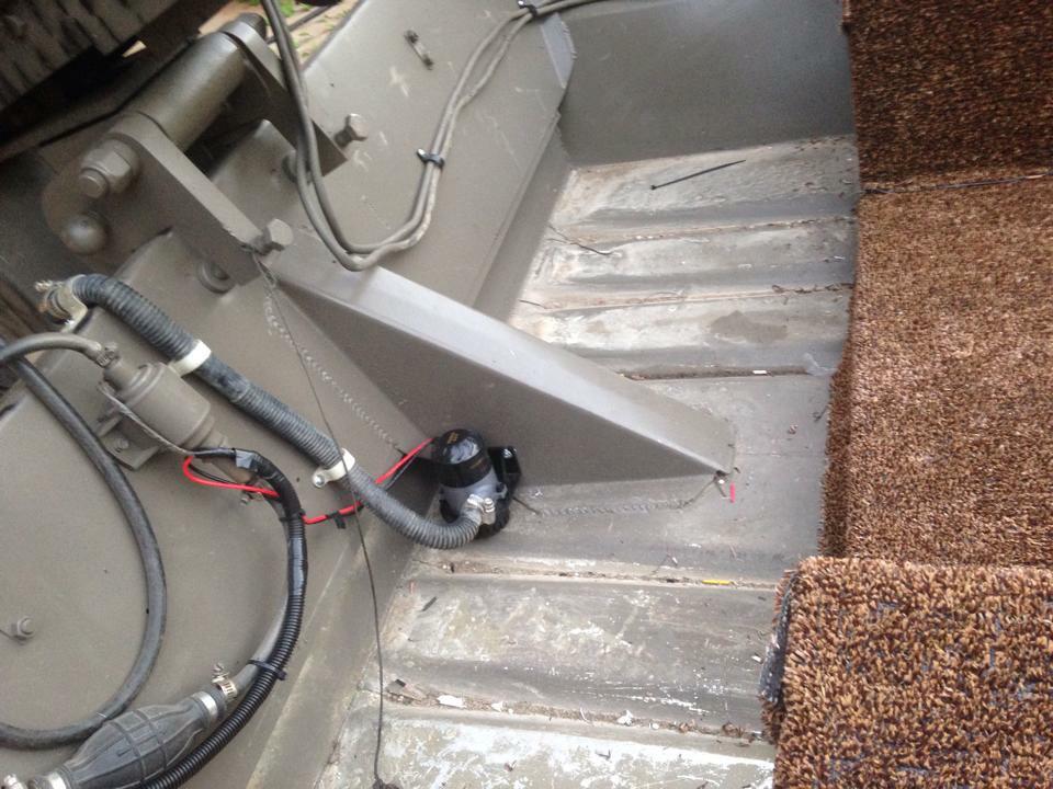 MudmotorTalk com - View topic - cut seat in a jon boat