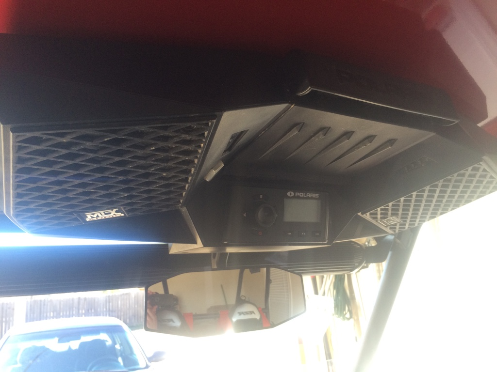 Highlifter mirror fits fine with polaris