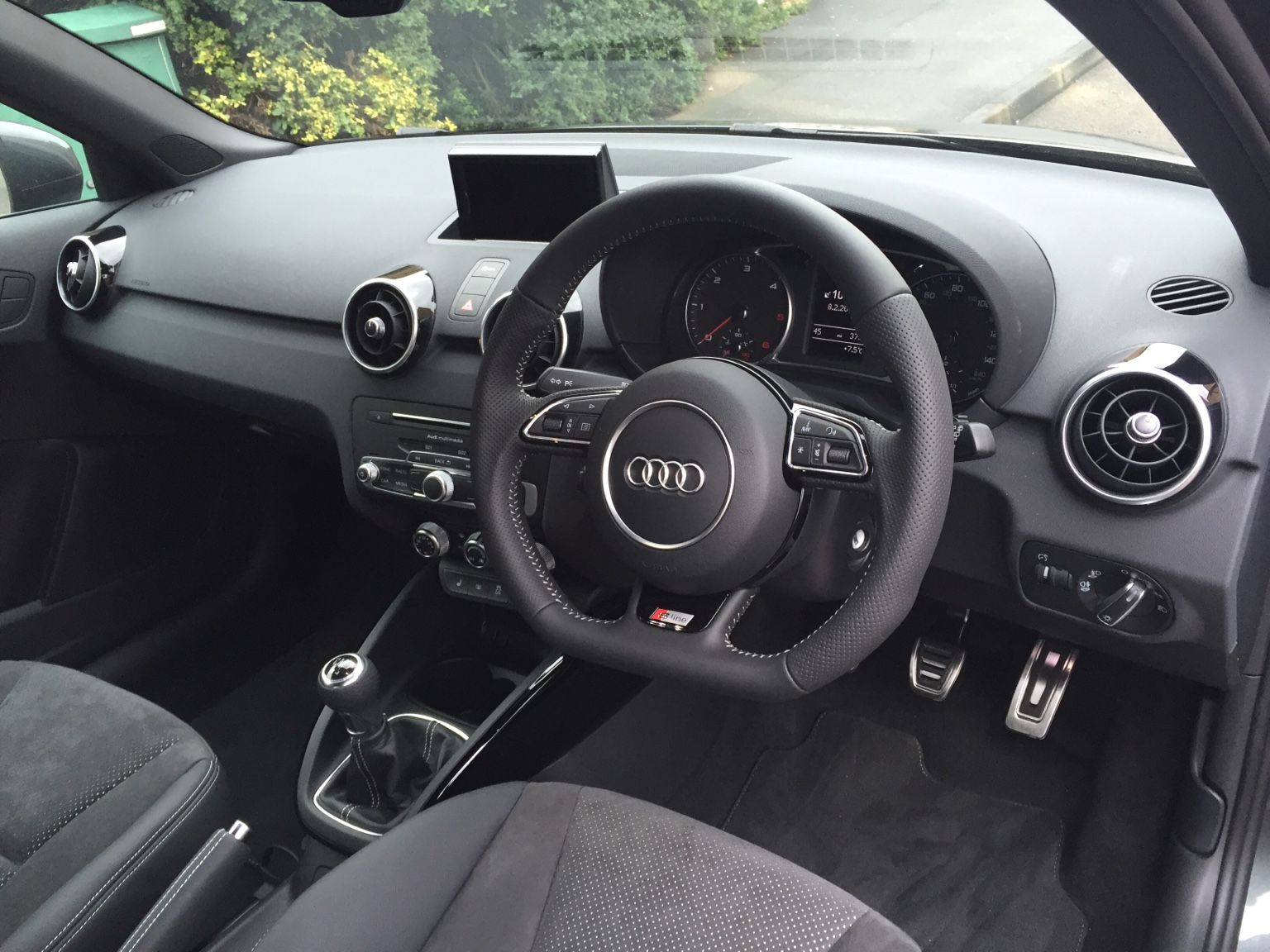 Audi a1 black edition review | auto express.