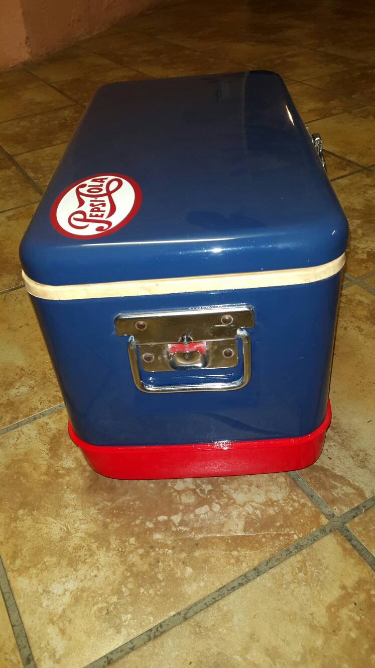 pepsi thermos cooler box for sale sold aircooled vw. Black Bedroom Furniture Sets. Home Design Ideas