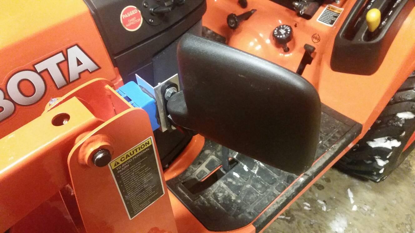 Kubota Tractor Rear View Mirror : Mounting mirrors orangetractortalks everything kubota
