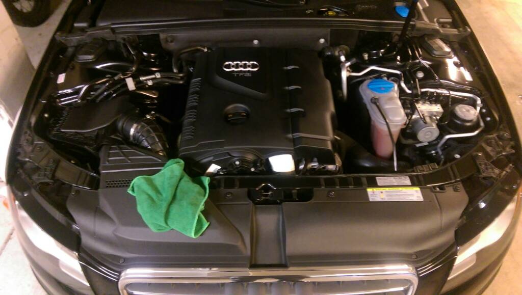 Engine Bay Cleaning On The A4 B8