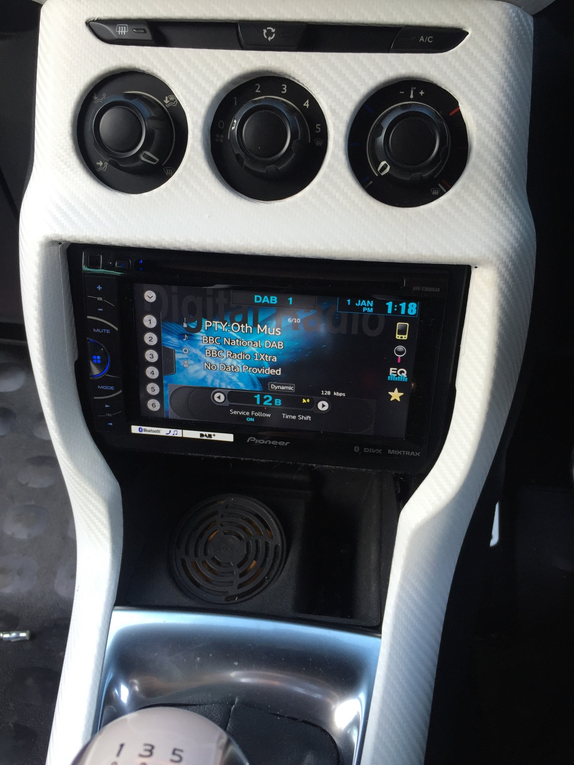 Dashboard mod to include touchscreen - questions - DS3