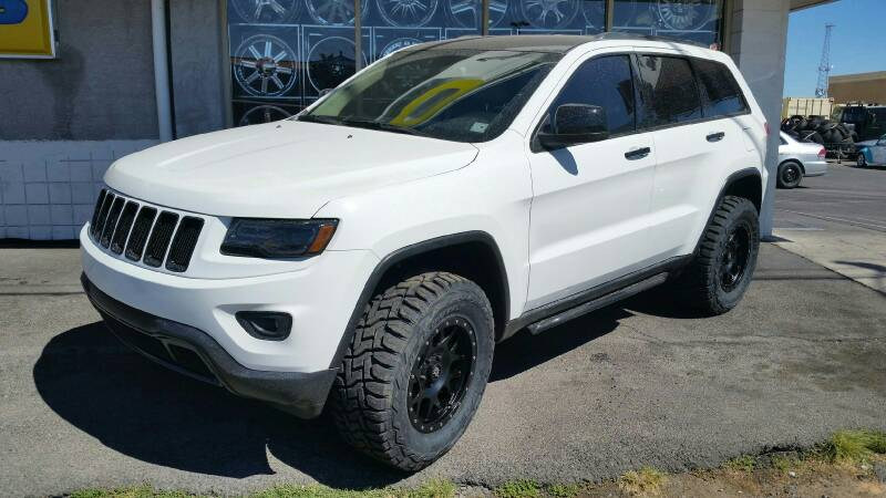 2014 Jeep Grand Cherokee Bull Bar >> Moda! Ready to travel off the pavement! - JeepForum.com