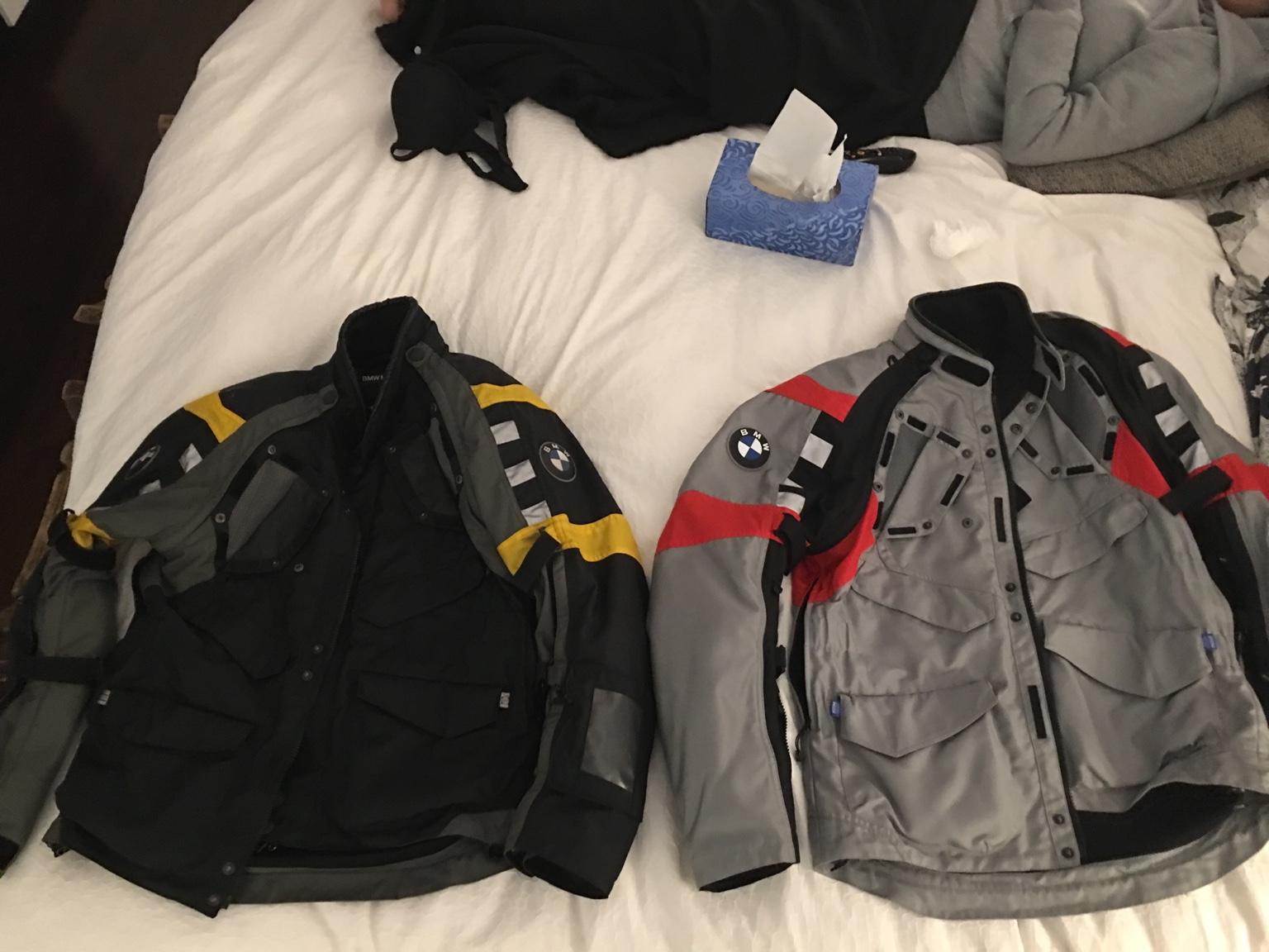 difference between bmw rallye 3 4 jacket back pad. Black Bedroom Furniture Sets. Home Design Ideas