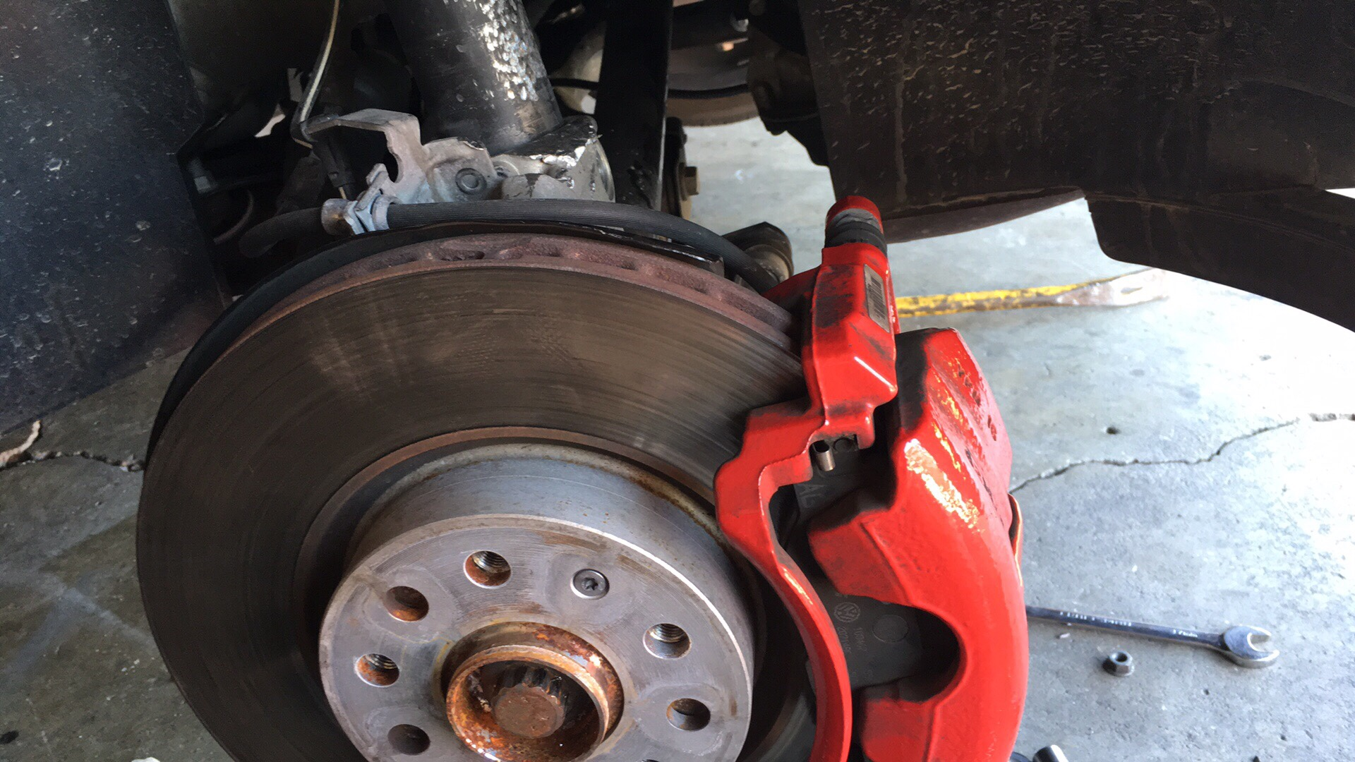 What's the size of the axle nut - GOLFMK7 - VW GTI MKVII